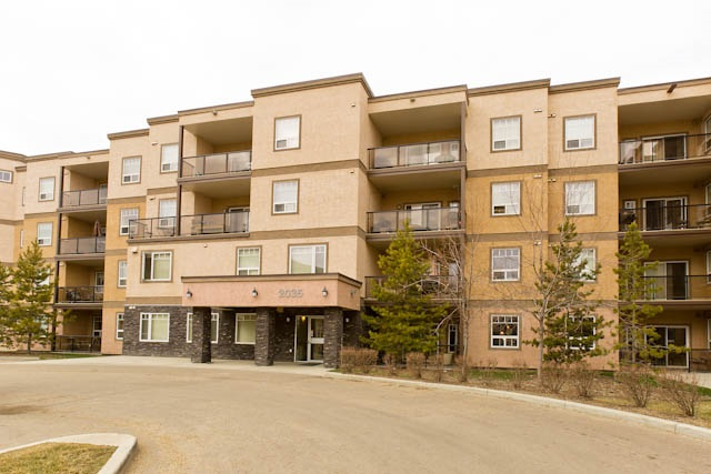 Photo 1: 311 2035 GRANTHAM Court in Edmonton: Zone 58 Condo for sale : MLS(r) # E4055197