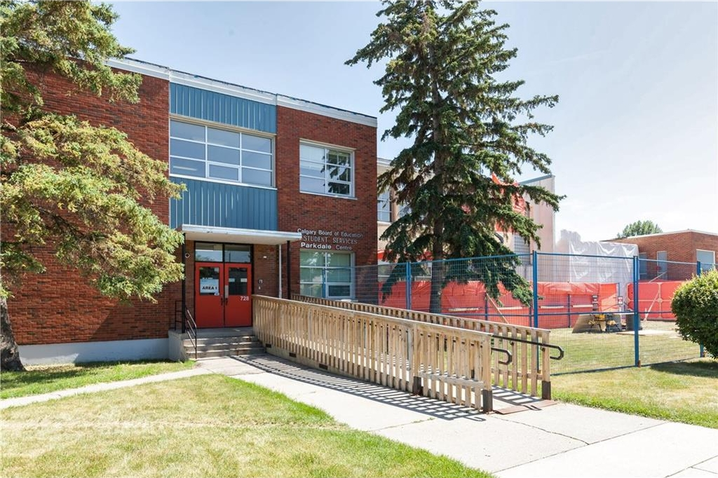 Photo 30: 539 32 Street NW in Calgary: Parkdale House for sale : MLS® # C4135055