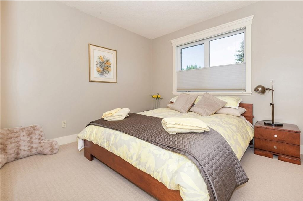 Photo 17: 539 32 Street NW in Calgary: Parkdale House for sale : MLS® # C4135055