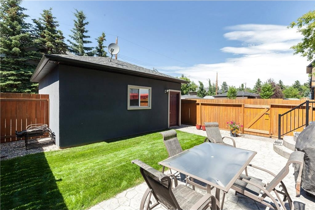 Photo 29: 539 32 Street NW in Calgary: Parkdale House for sale : MLS® # C4135055
