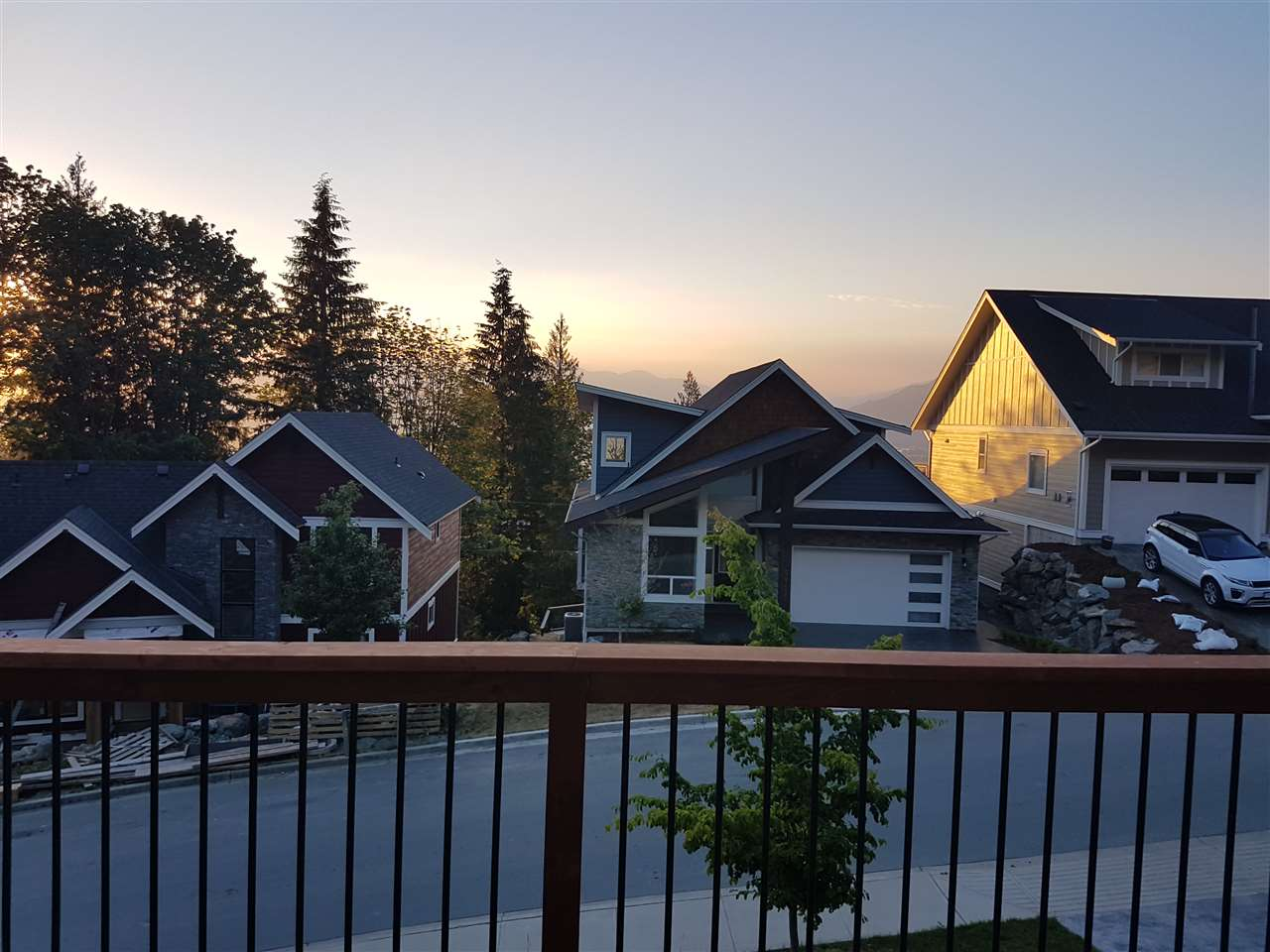 "Photo 7: Photos: 50424 KINGSTON Drive in Chilliwack: Eastern Hillsides House for sale in ""HIGHLAND SPRINGS"" : MLS® # R2201392"