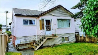 Main Photo: 4426 KNIGHT Street in Vancouver: Knight House for sale (Vancouver East)  : MLS®# R2208049