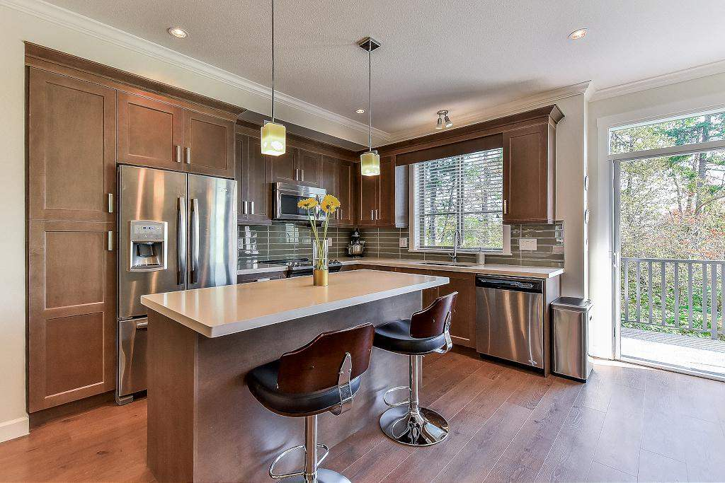 "Photo 6: Photos: 48 16118 87 Avenue in Surrey: Fleetwood Tynehead Townhouse for sale in ""ACADEMY"" : MLS® # R2213604"