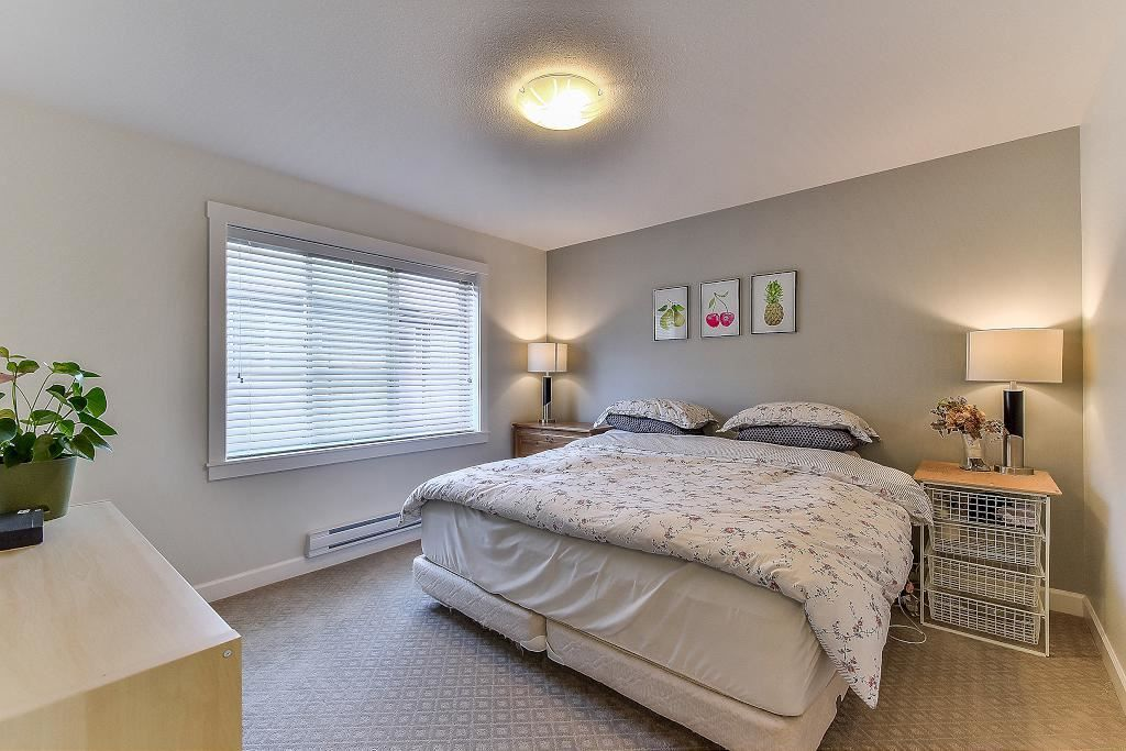 "Photo 14: Photos: 48 16118 87 Avenue in Surrey: Fleetwood Tynehead Townhouse for sale in ""ACADEMY"" : MLS® # R2213604"