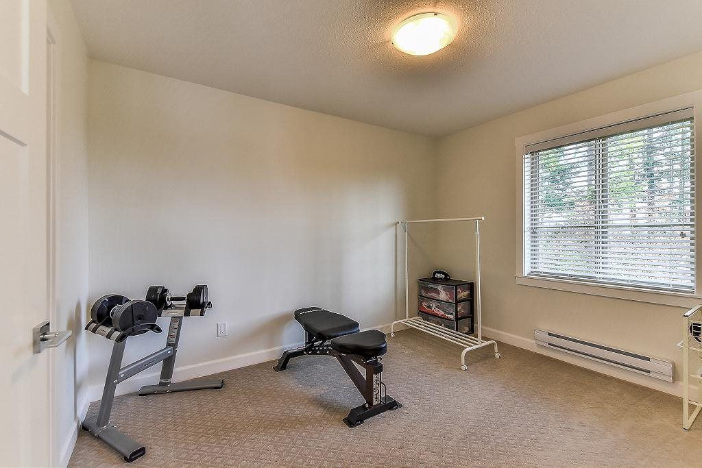 "Photo 16: Photos: 48 16118 87 Avenue in Surrey: Fleetwood Tynehead Townhouse for sale in ""ACADEMY"" : MLS® # R2213604"