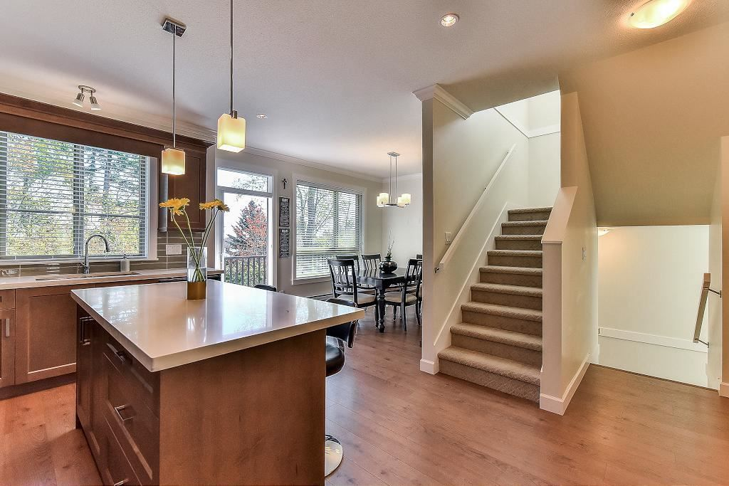 "Photo 4: Photos: 48 16118 87 Avenue in Surrey: Fleetwood Tynehead Townhouse for sale in ""ACADEMY"" : MLS® # R2213604"