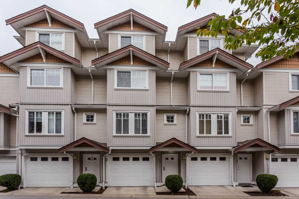 "Main Photo: 89 12711 64 Avenue in Surrey: West Newton Townhouse for sale in ""Pallette On The Park"" : MLS® # R2216923"