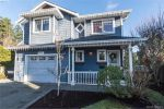 Main Photo: 605 Hammond Court in VICTORIA: Co Triangle Single Family Detached for sale (Colwood)  : MLS® # 386027