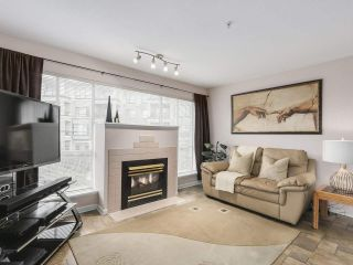 Main Photo: 201 2401 HAWTHORNE Avenue in Port Coquitlam: Central Pt Coquitlam Condo for sale : MLS® # R2239510