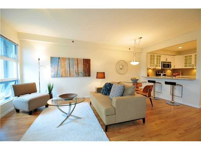 "Main Photo: 23 1350 W 6TH Avenue in Vancouver: Fairview VW Townhouse  in ""PEPPER RIDGE"" (Vancouver West)  : MLS(r) # V890428"