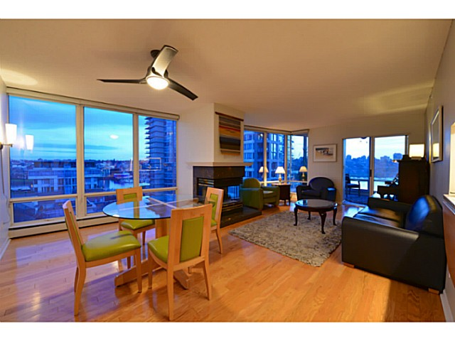 "Photo 2: 11A 139 DRAKE Street in Vancouver: Yaletown Condo for sale in ""CONCORDIA II"" (Vancouver West)  : MLS® # V1039147"