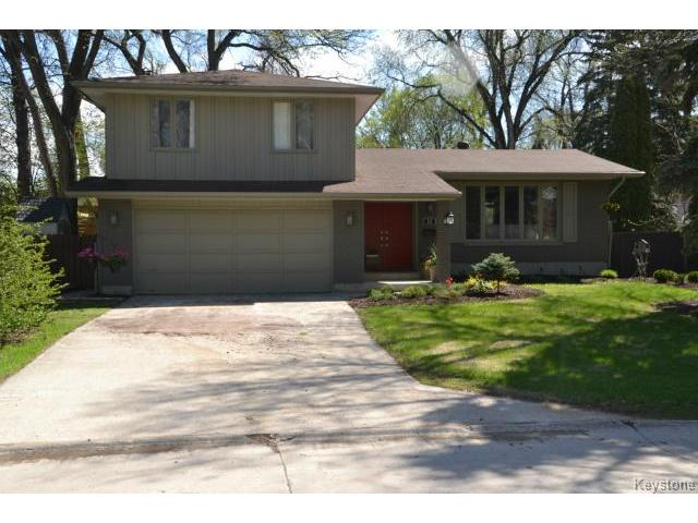 Main Photo: 19 Musgrove Street in WINNIPEG: Charleswood Residential for sale (South Winnipeg)  : MLS®# 1411763