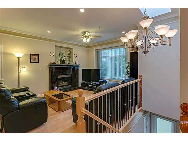 Photo 3: 3667 E 26TH Avenue in Vancouver: Renfrew Heights House for sale (Vancouver East)  : MLS(r) # V1085524