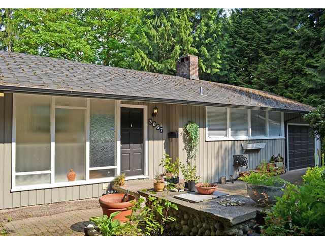 "Main Photo: 3067 SPURAWAY Avenue in Coquitlam: Ranch Park House for sale in ""RANCH PARK"" : MLS®# V1122391"