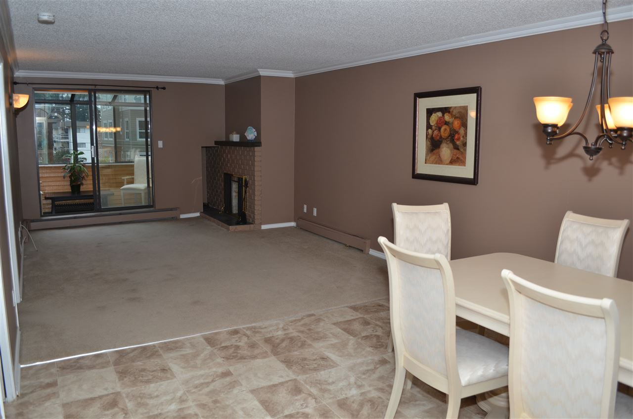 "Main Photo: 303 32098 GEORGE FERGUSON Way in Abbotsford: Abbotsford West Condo for sale in ""HEATHER COURT"" : MLS® # R2015728"