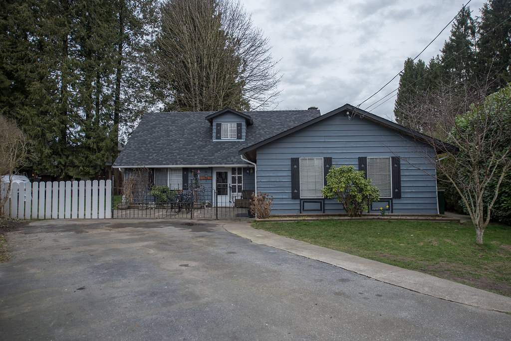 Main Photo: 11763 195A Street in Pitt Meadows: South Meadows House for sale : MLS®# R2040203