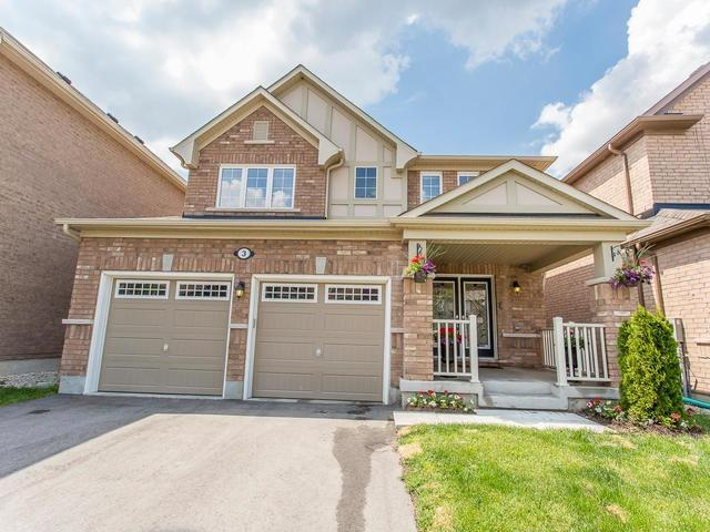 Main Photo: 3 Old Cleeve Crest in Brampton: Northwest Brampton House (2-Storey) for sale : MLS®# W3508367