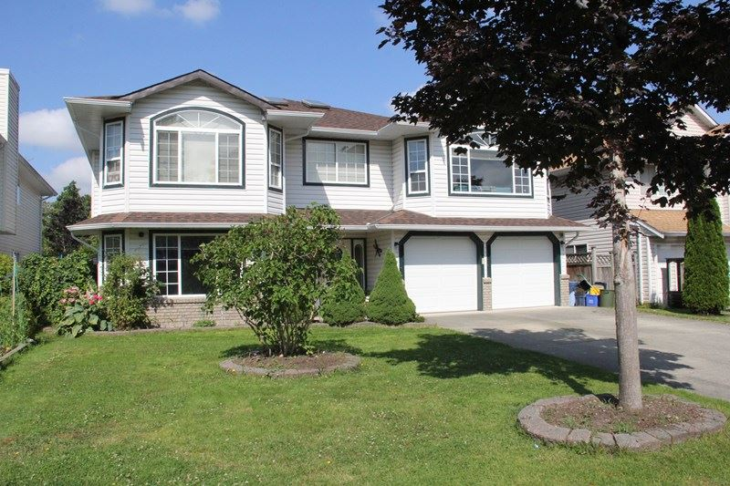 Main Photo: 2725 270B Street in Langley: Aldergrove Langley House for sale : MLS(r) # R2092475