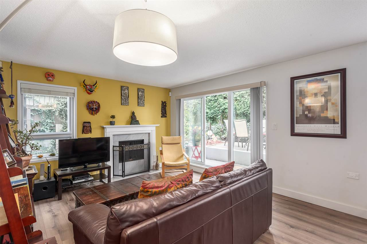 "Photo 3: 103 255 E 14TH Avenue in Vancouver: Mount Pleasant VE Condo for sale in ""MOUNT PLEASANT GARDENS"" (Vancouver East)  : MLS(r) # R2128771"