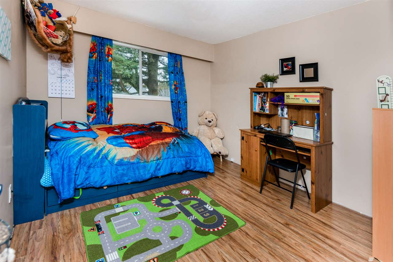 Photo 13: 12095 193A Street in Pitt Meadows: Central Meadows House for sale : MLS(r) # R2144777
