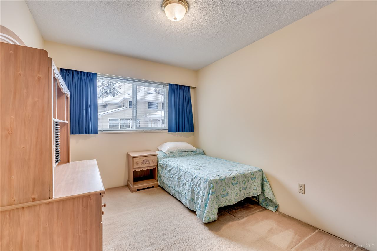 Photo 7: 447-449 MUNDY Street in Coquitlam: Central Coquitlam House Duplex for sale : MLS(r) # R2147177