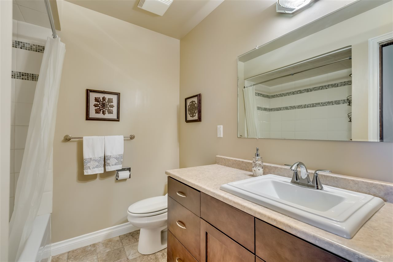 Photo 8: 447-449 MUNDY Street in Coquitlam: Central Coquitlam House Duplex for sale : MLS(r) # R2147177