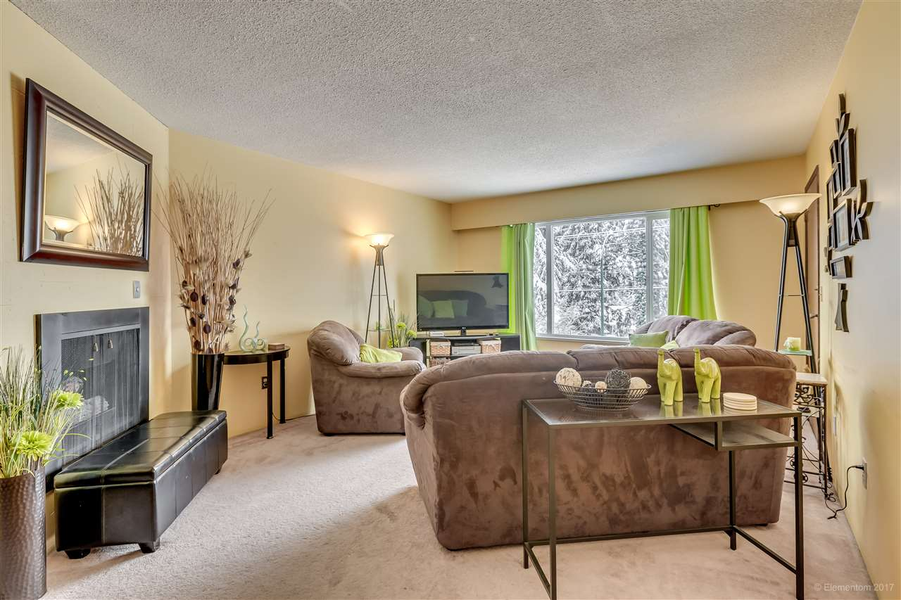 Photo 14: 447-449 MUNDY Street in Coquitlam: Central Coquitlam House Duplex for sale : MLS(r) # R2147177