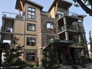 Main Photo:  in Edmonton: Zone 15 Condo for sale : MLS(r) # E4058137
