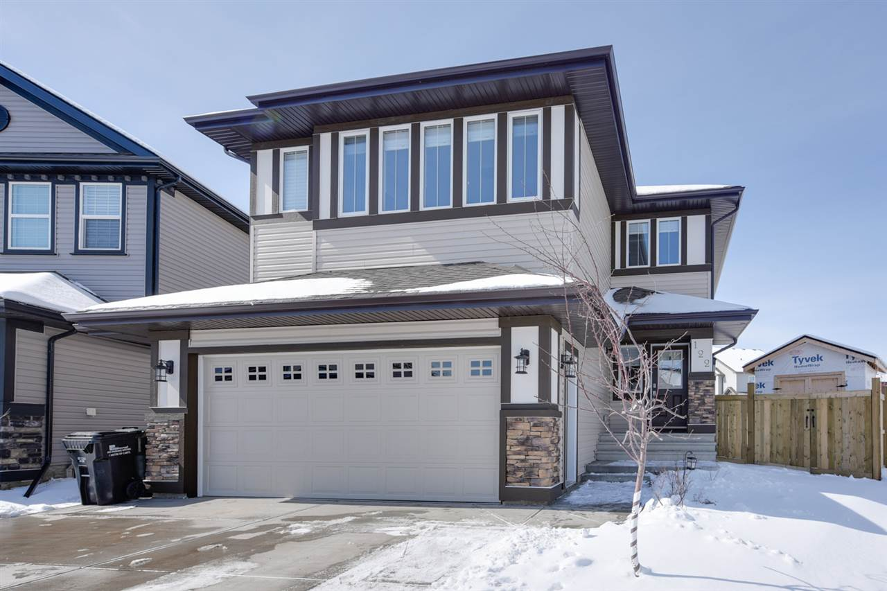 Main Photo: 122 SCARLET Cove: Sherwood Park House for sale : MLS(r) # E4059936