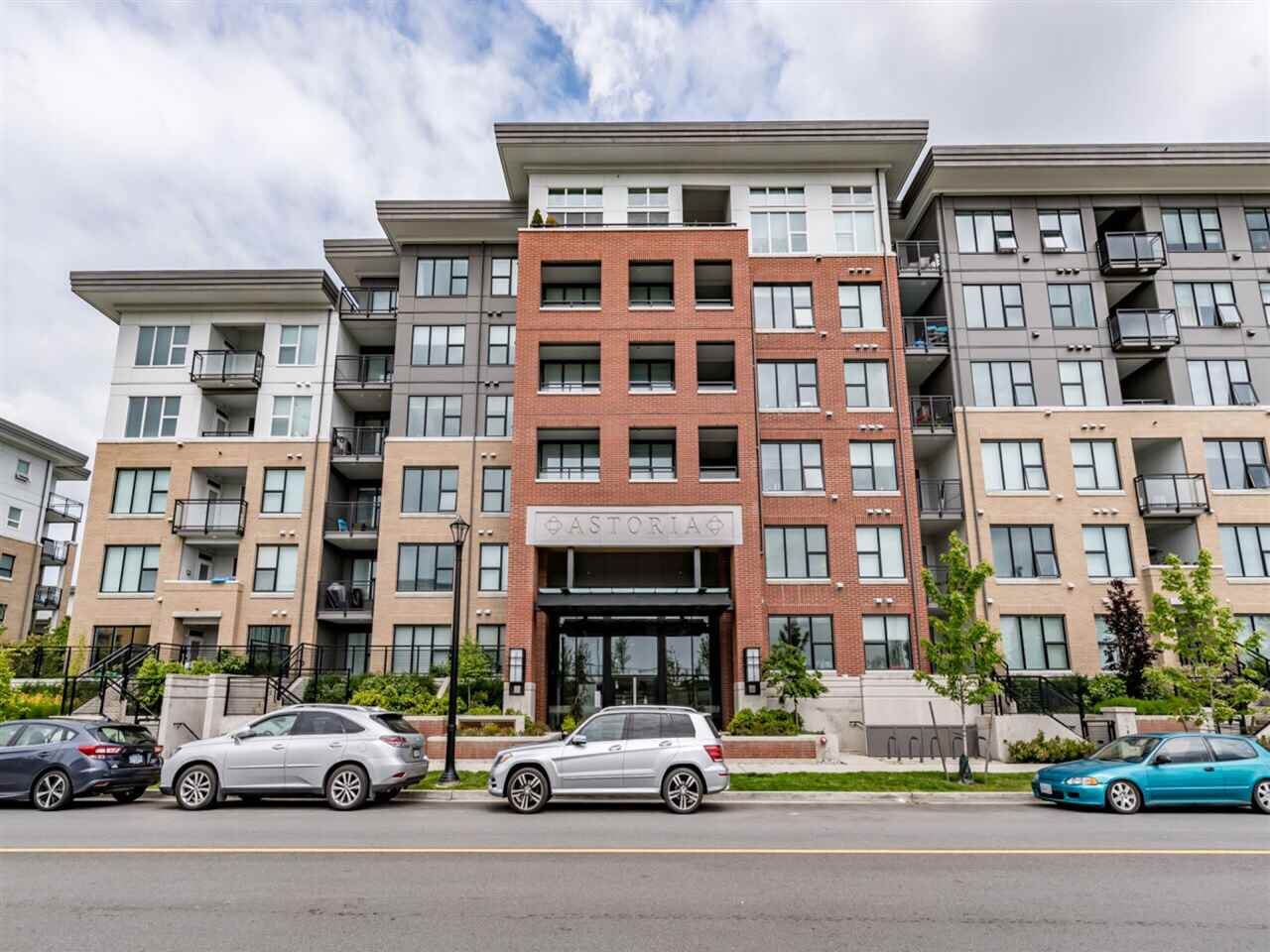 "Main Photo: 407 9399 ALEXANDRA Road in Richmond: West Cambie Condo for sale in ""ALEXANDRA COURT"" : MLS(r) # R2169373"