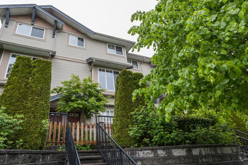 Photo 18: 10 5839 PANORAMA DRIVE in Surrey: Sullivan Station Townhouse for sale : MLS® # R2166965