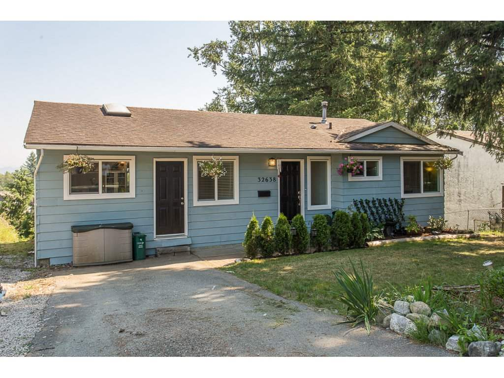 Main Photo: 32638 BOBCAT Drive in Mission: Mission BC House for sale : MLS(r) # R2188616