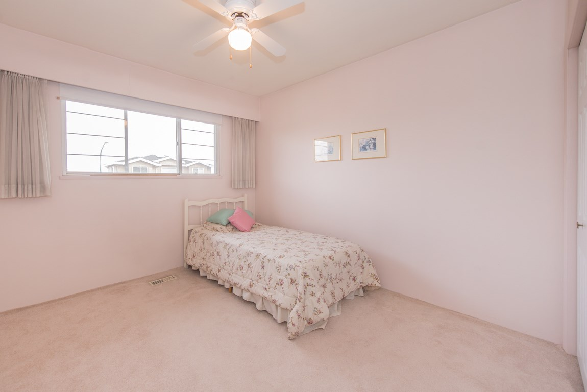 Photo 12: 4416 SARATOGA Court in Burnaby: Garden Village House for sale (Burnaby South)  : MLS® # R2205274