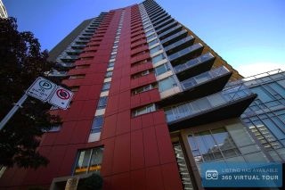 "Main Photo: 1907 918 COOPERAGE Way in Vancouver: Yaletown Condo for sale in ""MARINER"" (Vancouver West)  : MLS® # R2212956"