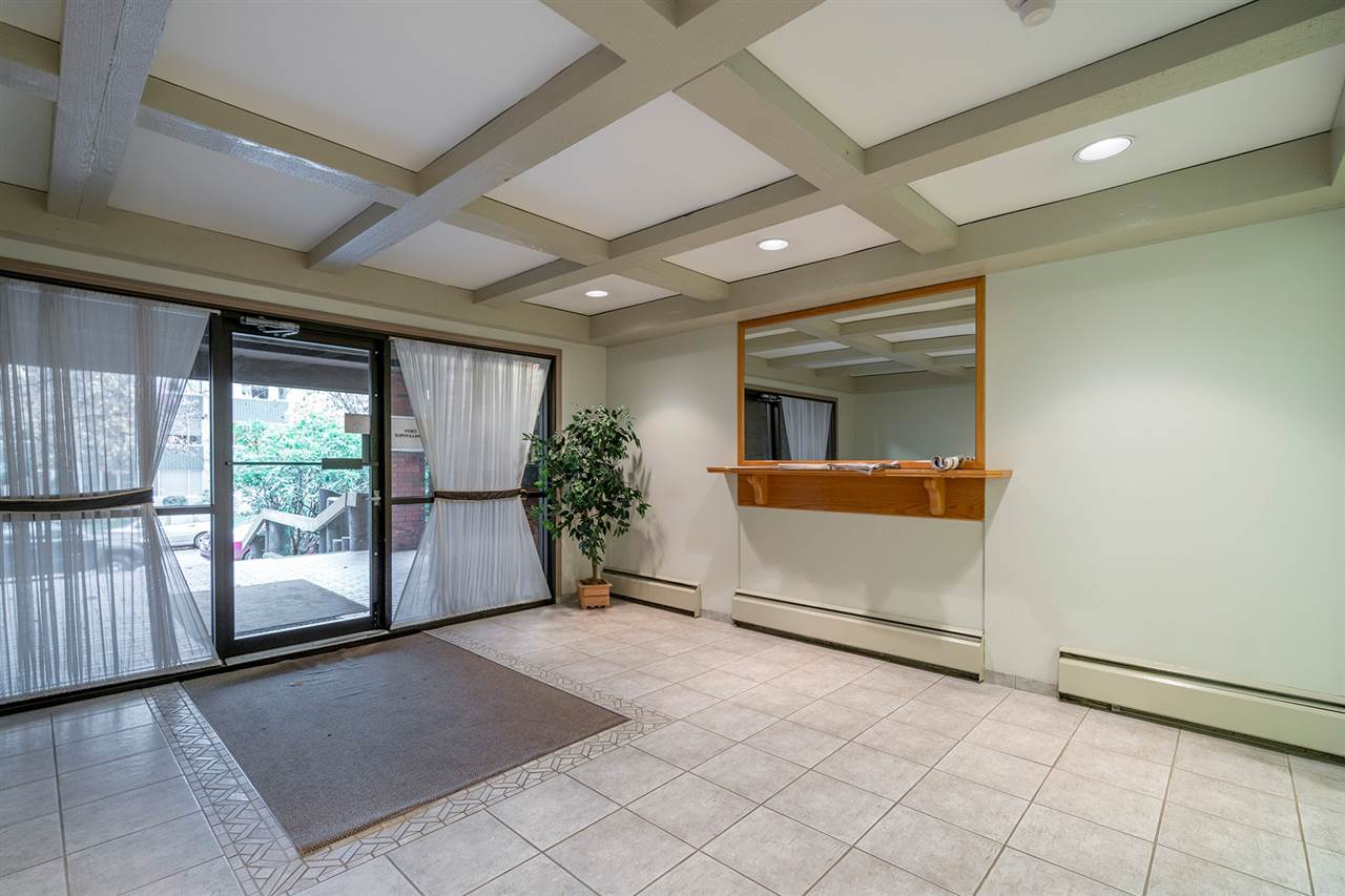 "Photo 17: Photos: 317 550 E 6TH Avenue in Vancouver: Mount Pleasant VE Condo for sale in ""LANDMARK GARDENS"" (Vancouver East)  : MLS® # R2222952"