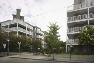 Main Photo:  in Edmonton: Zone 07 Condo for sale : MLS® # E4088879