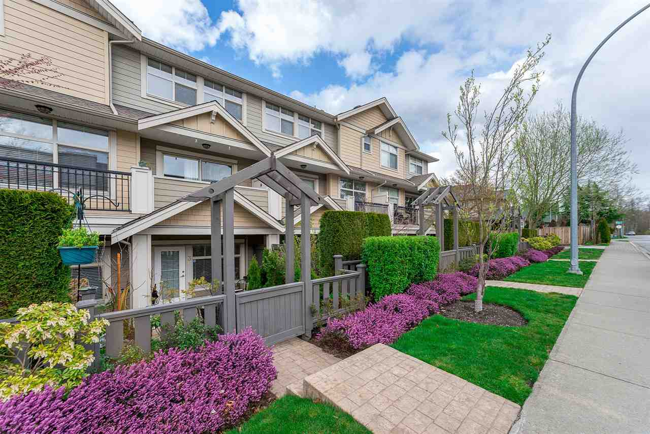 "Main Photo: 3 22225 50 Avenue in Langley: Murrayville Townhouse for sale in ""Murray's Landing"" : MLS®# R2249180"