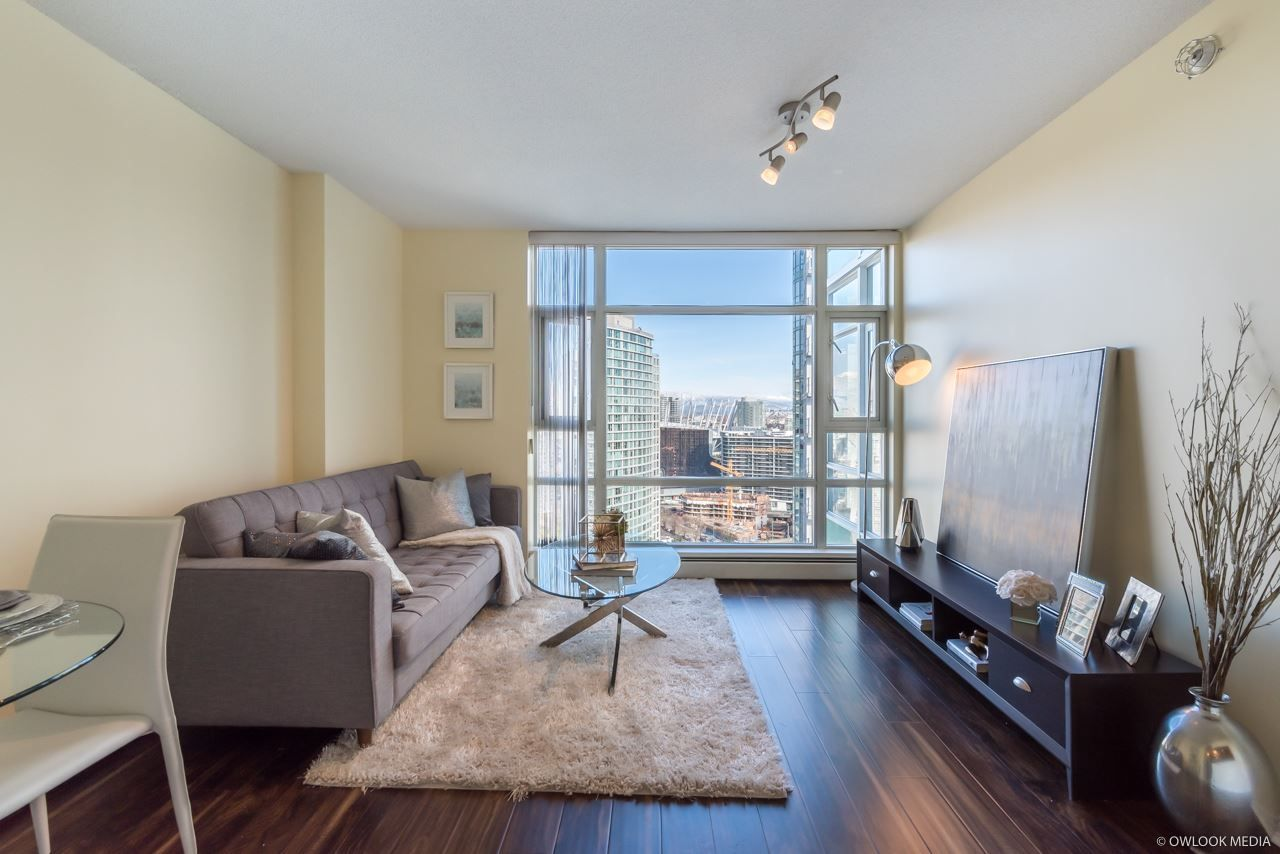 "Main Photo: 2903 198 AQUARIUS Mews in Vancouver: Yaletown Condo for sale in ""AQUARIUS II"" (Vancouver West)  : MLS®# R2251454"
