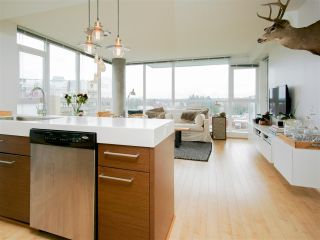 "Main Photo: 705 2770 SOPHIA Street in Vancouver: Mount Pleasant VE Condo for sale in ""STELLA"" (Vancouver East)  : MLS®# R2255940"