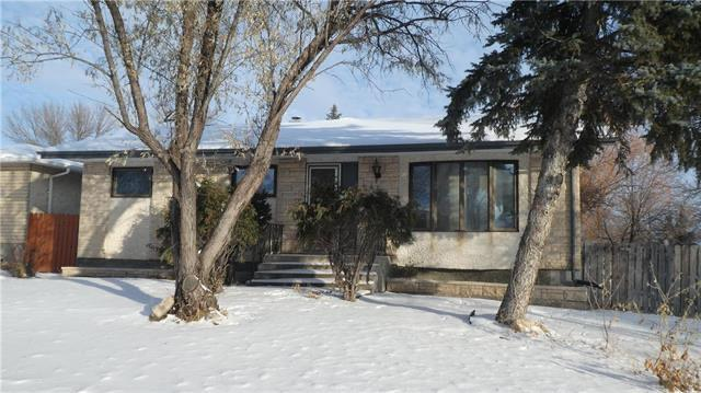 FEATURED LISTING: 54 Rozmus Bay Winnipeg