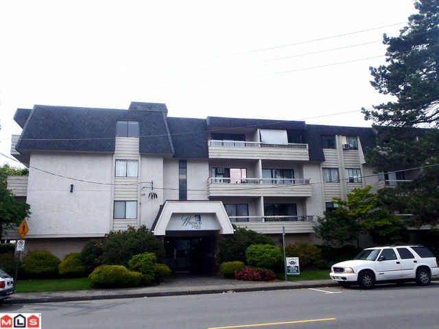 Main Photo: 209 9477 Cook Street in Chilliwack: Condo for sale : MLS® # H1202427