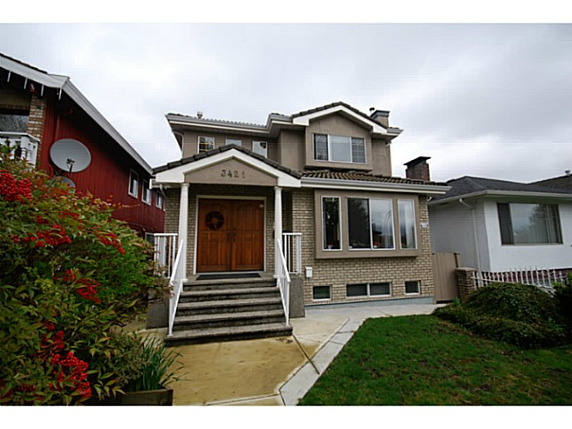 Main Photo: 3421 E 3RD Avenue in Vancouver: Renfrew VE House for sale (Vancouver East)  : MLS® # V1056773