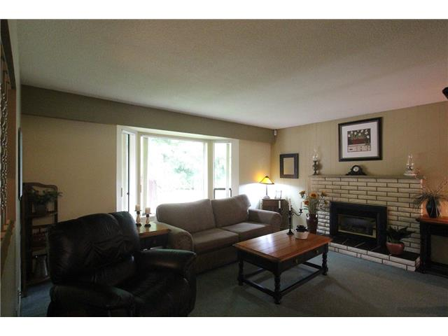 Photo 3: 10645 142A Street in Surrey: Whalley House for sale (North Surrey)  : MLS® # F1445661