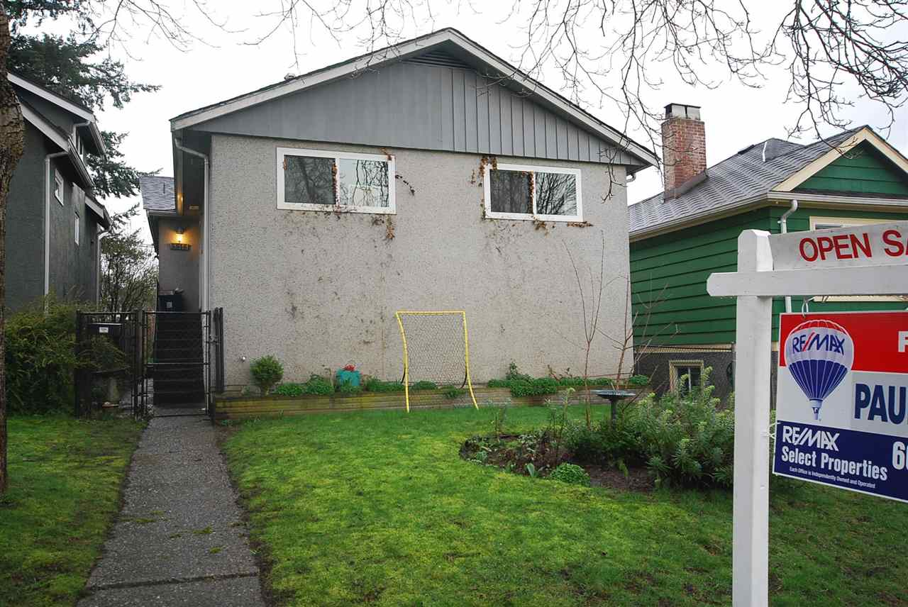 Main Photo: 5516 ROSS Street in Vancouver: Knight House for sale (Vancouver East)  : MLS®# R2039135