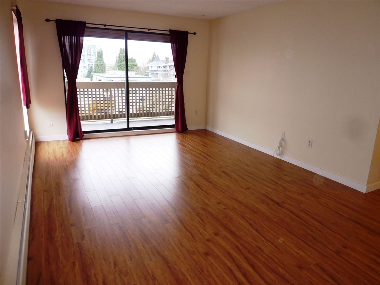 "Photo 4: 501 715 ROYAL Avenue in New Westminster: Uptown NW Condo for sale in ""VISTA ROYAL"" : MLS(r) # R2041122"