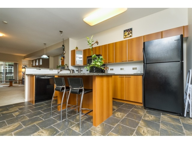 "Photo 9: 57 2000 PANORAMA Drive in Port Moody: Heritage Woods PM Townhouse for sale in ""MOUNTAINS EDGE"" : MLS® # R2044184"