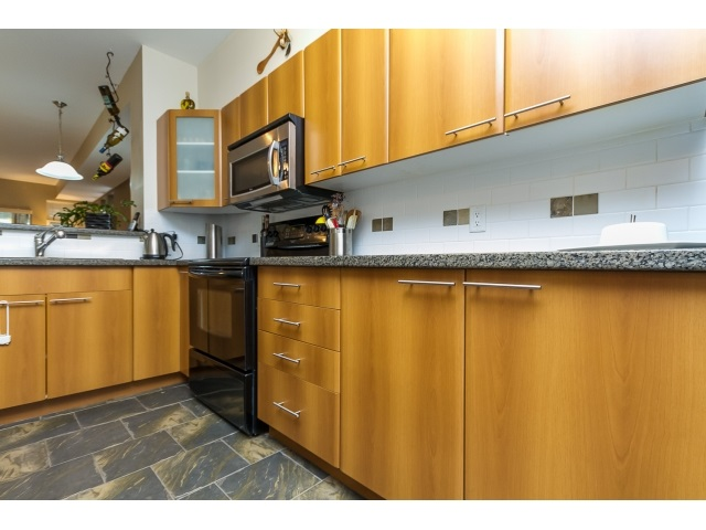"Photo 11: 57 2000 PANORAMA Drive in Port Moody: Heritage Woods PM Townhouse for sale in ""MOUNTAINS EDGE"" : MLS® # R2044184"