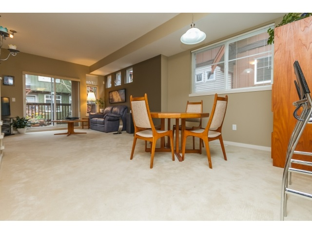 "Photo 8: 57 2000 PANORAMA Drive in Port Moody: Heritage Woods PM Townhouse for sale in ""MOUNTAINS EDGE"" : MLS(r) # R2044184"