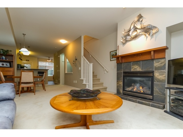"Photo 5: 57 2000 PANORAMA Drive in Port Moody: Heritage Woods PM Townhouse for sale in ""MOUNTAINS EDGE"" : MLS® # R2044184"