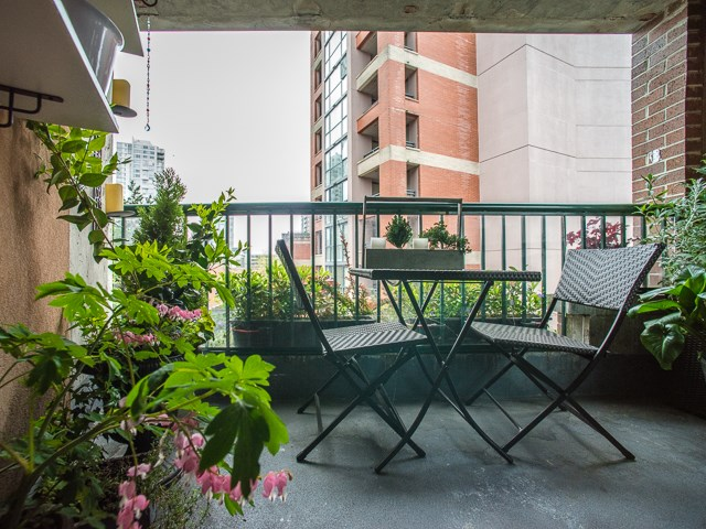 "Photo 14: 303 1226 HAMILTON Street in Vancouver: Yaletown Condo for sale in ""GREENWICH PLACE"" (Vancouver West)  : MLS® # R2056690"